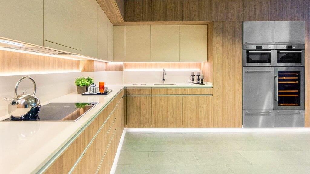 Cocina blanca y madera Serie Köln - muebles de cocina en Madrid