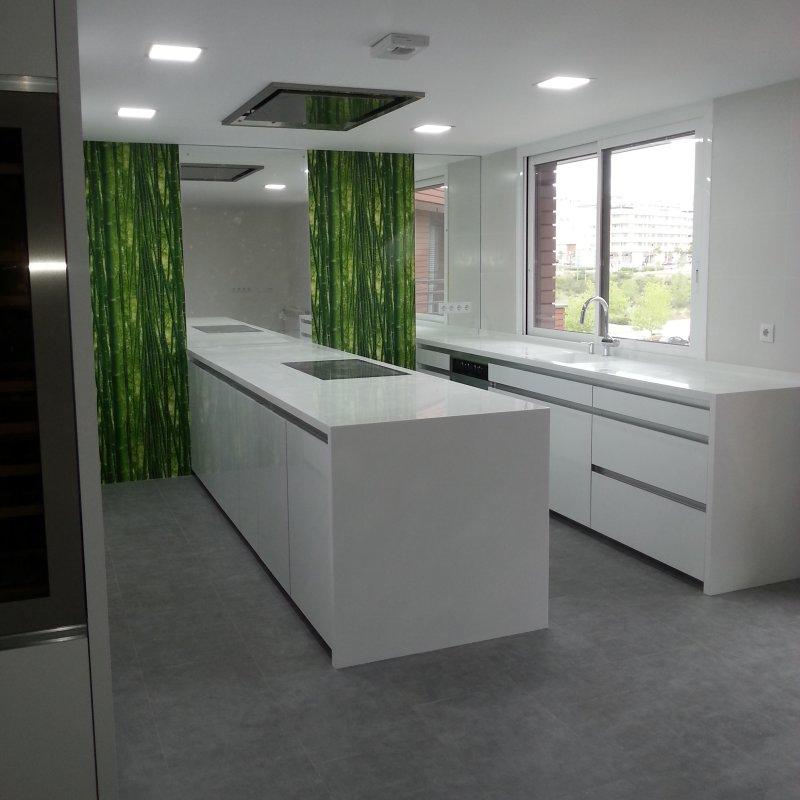 Cocina blanca con isla Coeco - tienda de cocinas en madrid