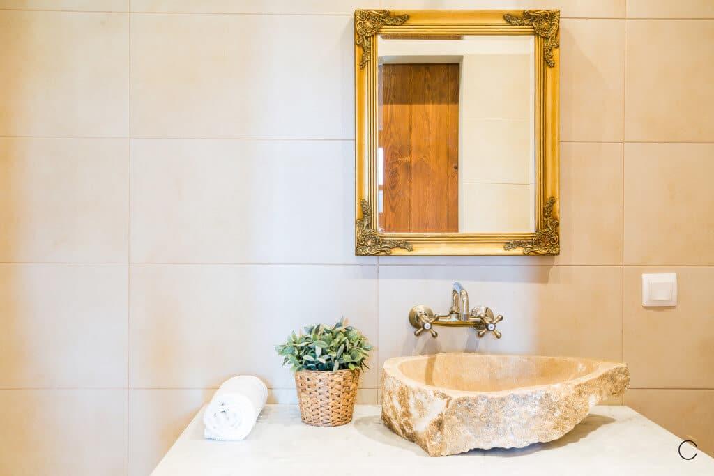 Grifo baño moderno con espejo - Baños modernos
