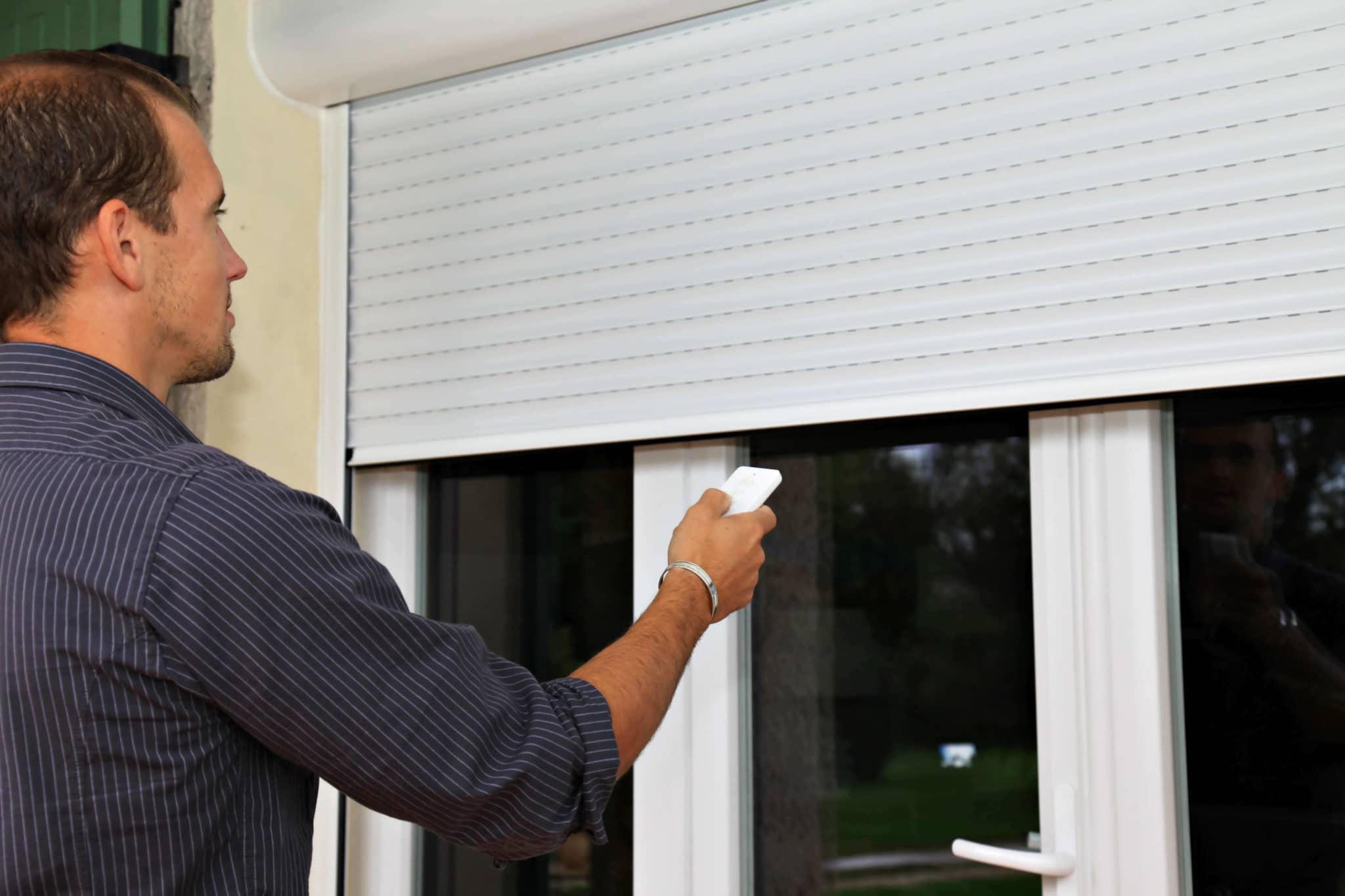 Domótica en el hogar - con un mando bajamos la persiana
